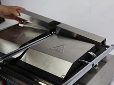 Radiand USA Food Service Equipment - weg2 Food Service Equipment, Commercial Kitchen, Griddle Pan, Usa, Commercial Cooking, U.s. States