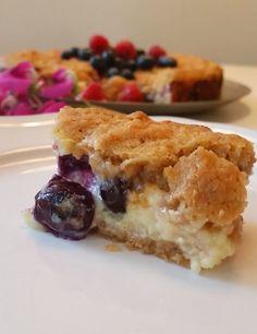 Knäckig Cheesecake med bär