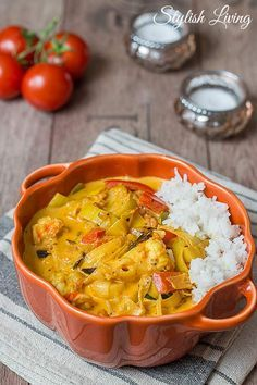 Jamie Olivers Lieblingscurry mit Gemüse und Garnelen Curry, Indian, Ethnic Recipes, Food, Pisces, Recipes, Eten, Hoods, Meals