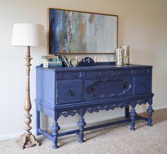Midnight Sky Buffet #DIY #furniturepaint #paintedfurniture #chalkpaint #royalblue #midnightblue #buffet #homedecor #blue #countrychicpaint - blog.countrychicpaint.com
