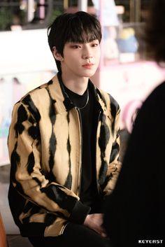 Handsome Korean Actors, Handsome Boys, Samba, Korean Drama Best, Japanese Drama, Kdrama Actors, Cha Eun Woo, Perfect Boy, Beauty