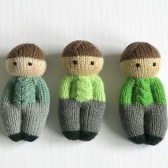 Izzy Buddy Boy Dolls Pattern - Izzy Buddy Boy Dolls Pattern This pattern is adapted from the Izzy Doll patterns available freely online for charity knitting. The pattern is free for personal use, not for sale or profit. Knitting Designs, Knitting Patterns Free, Free Knitting, Knitting Projects, Baby Knitting, Knitted Dolls Free, Knitted Doll Patterns, Knitting Wool, String Art
