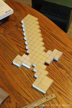 Minecraft Sword (Wooden Sword Tutorial DIY Minecraft Sword (Wooden Sword Tutorial) - Handmade with AshleyDIY Minecraft Sword (Wooden Sword Tutorial) - Handmade with Ashley Minecraft Party, Minecraft Sword, Minecraft Room, Minecraft Crafts, Minecraft Furniture, Minecraft Skins, Minecraft Buildings, Creeper Minecraft, Minecraft Cake