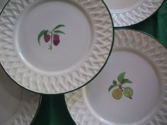 détail Fragile, Pie Dish, Creations, Plates, Dishes, Tableware, Licence Plates, Dinnerware, Plate