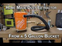 DIY Dust Collector/Separator home made in less than 20 minutes with a bucket and spare vacuum parts Workshop Storage, Diy Workshop, Garage Workshop, Workshop Organization, Workshop Stool, Garage Workbench Plans, Diy Workbench, Mobile Workbench, Folding Workbench