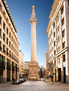 The Monument to The Great Fire of London built 1671