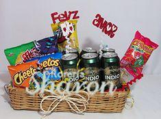 Arreglo_Botanero_Caballero_Fin_Semana Love Gifts, Great Gifts, Valentine Gifts, Valentines Day, Aunt Betty, Birthday For Him, Candy Bouquet, Boyfriend Gifts, Diy Tutorial