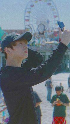 35 trendy Ideas for bts wallpaper jungkook life Jungkook Selca, Taehyung, Jungkook Oppa, Yoongi, Bts Bangtan Boy, Jungkook Funny, Jung Kook, Foto Bts, Bts Photo