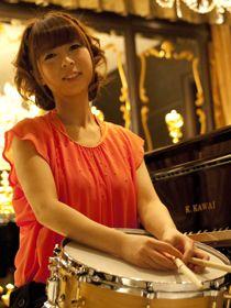 Chihiro Tominaga (ds) http://drumchihiro.blog.fc2.com/