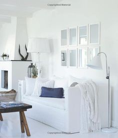 Pale & Interesting: Decorating with Whites, Pastels and Neutrals for a Warm and Welcoming Home: Amazon.co.uk: Atlanta Bartlett: Books