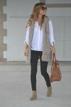 mk style Zara vest & booties, Simplemente Luna shirt, Bershka jeans, Michael Kors bag, Tom Ford sunglasses. michael kors
