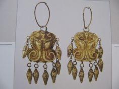 The Museum of Historical Treasures of Ukraine, Kiev  Ear-rings, gold, 4thc BC