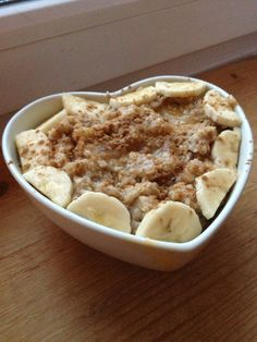 lovetobearunner: oatmeal cooked with vanilla...