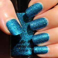 Jindie Nails The Blue that Holds Us Together