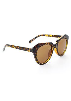 Theres something about a bright yellow tortoiseshell I just love every time!