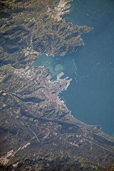Trieste fotografata dallo spazio dalla sonda ISS - Foto - Il Piccolo