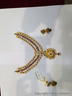 Handmade Jadtar necklace with carvings