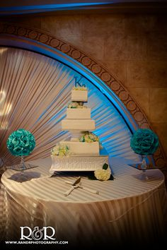 Something Sweet | Wedding Cake | Blue & White | Anoush Catering & Banquet | Wedding Photography | R and R Creative Photography | #wedding #photography #white #blue #cake #anoush #catering #banquet #somethingsweet #RandRCreativePhotography