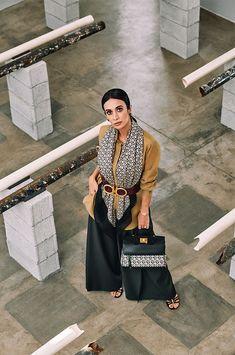 Vogue, Look Fashion, Hijab Fashion, Street Fashion, Salvatore Ferragamo, Silvia Braz, Teenage Bucket Lists, Luxury Bags, Foto E Video