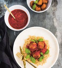Borlottibollar med tomatsås och bönpasta