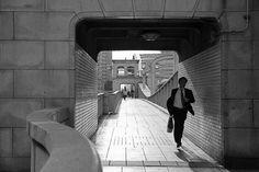 Surpresas de Tóquio por Cristiano Mascaro. Fotógrafo lança livro sobre a capital japonesa