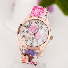 Get this elegant Silicone Printed Flower Wrist Watch for your best party. Get OFF this Silicone Printed Flower Wrist Watch today!Just click Women's Dress Watches, Wrist Watches, Ladies Watches, Women's Watches, Diamond Watches, Female Watches, Girl Watches, Luxury Watches, Jewelry Watches