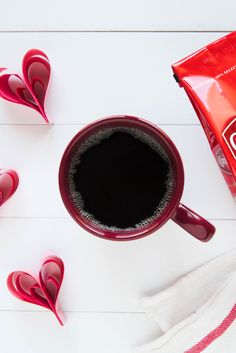 The undeniable chemistry between mornings and Community® coffee.