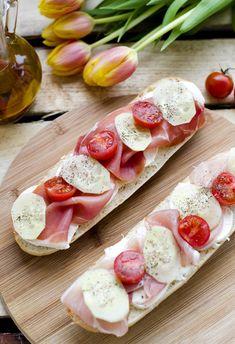 kanapka2 Mozzarella, Vegetables, Food, Essen, Vegetable Recipes, Meals, Yemek, Veggies, Eten