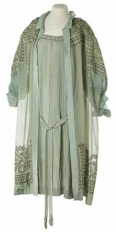 Glenbow Museum Woman's dress and coat ensemble 1920