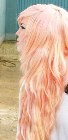 beautiful peachy pink pastel hair