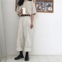 straight cut pants best outfits The clothing culture is quite old. Mode Outfits, Girly Outfits, Pretty Outfits, Casual Outfits, Grunge Outfits, Moda Fashion, Girl Fashion, Fashion Outfits, Fashion Heels