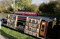 AND - the BOOK BARGE. The Floating Bookshop (2008) © 'Quilted/'s photostream' (Photographer. Leicestershire, ENGLAND) via flickr. Canal Boat. Used Bookshop. UK.