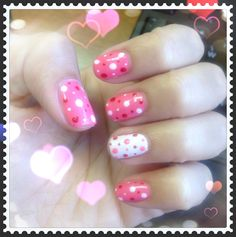 Pink and white polka dots nail