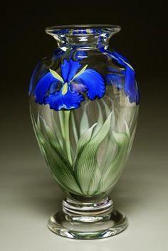 Swirl Desert Cobalt Iris Vase, Sherwin Arte en Vidrio, Christopher Sherwin, soplador de vidrio, soplado de vidrio, artista del vidrio, torchwork
