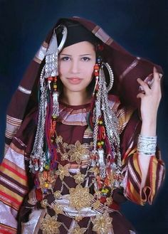 Africa | Traditional Libyan costume