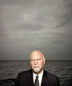 Craig Venter's Bugs Might Save the World - NYTimes.com http://www.nytimes.com/2012/06/03/magazine/craig-venters-bugs-might-save-the-world.html    #adventurer, #thinker, #scientist