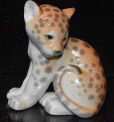 Vintage-Lomonosov-Russia-USSR-Baby-Cheetah-Jaguar-Figurine