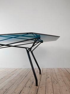 De Intuïtiefabriek design au féminin - table saffier