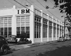 In 1943, IBM opened its first plant in San Jose, at the corner of Sixteenth and Saint John Streets. The facility accommodated just over 100 IBM employees.
