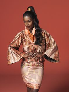 ANGELINA KIMONO     Vlisco fashion look with the classic Angelina design   #vlisco #ankara #africanprint #dutchwax #java #waxhollandais #fashion #africanprintfashion #angelina