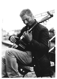 classical guitarist busker