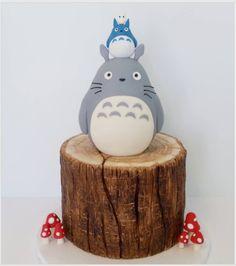 "Jessica Edwards on Instagram: ""Totoro cake for my mom's birthday celebration. #totoro #ghibli #cakestagram #cake #treestumpcake #totorocake #saskatoon #yxe"""