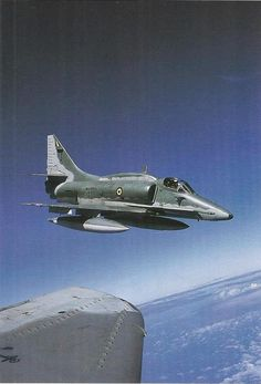 """A-4 Skyhawk - """"Con Dios en el alma y un Halcón en el corazón""""."""