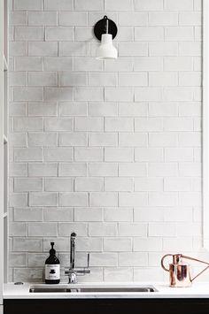 tiles Backsplash 37 Amazing Kitchen Tile Backsplash with Brass Schluter Strips www. Kitchen Interior, New Kitchen, Kitchen Design, Brass Kitchen, Kitchen Rustic, Kitchen Decor, Bad Inspiration, Bathroom Inspiration, Bathroom Inspo