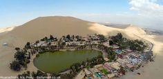 Oasis de Huacachina en asombrosas fotos de diario inglés  Espectaculares fotografías de la Huacachina fueron publicadas por el periódico británico Dailymail. Se trata de una ciudad oasis en medio de uno de los climas más secos del mundo, que se encuentra a 300 kilómetros al sur de Lima, en el departamento de Ica.