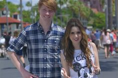 See @CalumWorthy & @lauramarano's adventures from the #CoolestSummerEver #Lalum http://jus.tj/nix