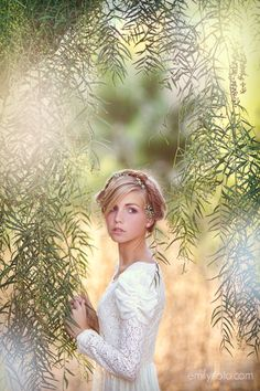 Would love to use the weeping willows trees in town to do an image similar.  Beauty.  #femaleportrait #prettiness #portraits