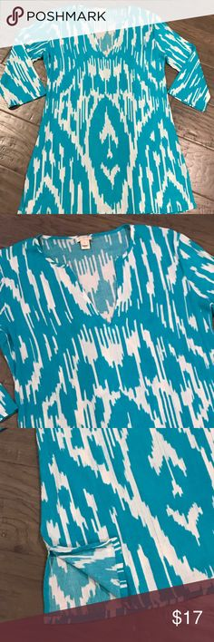 JCREW, cotton v-neck, 3/4 sleeve tunic or cover up Worn once! Beautiful condition. Turquoise and white 3/4 sleeve tunic. Belt it and wear with jeans or use a beach cover up! Cotton fabric. SIZE: Small J. Crew Tops Tunics