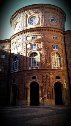 Palazzo Carignano, interno cortile.
