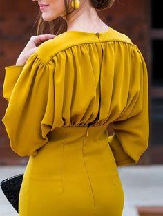 Ruched Design Long Sleeve Midi Dress - Women's style: Patterns of sustainability Muslim Fashion, Hijab Fashion, Fashion Dresses, Midi Dresses, Prom Dresses, Trend Fashion, Womens Fashion, Fashion Design, Fashion Tips